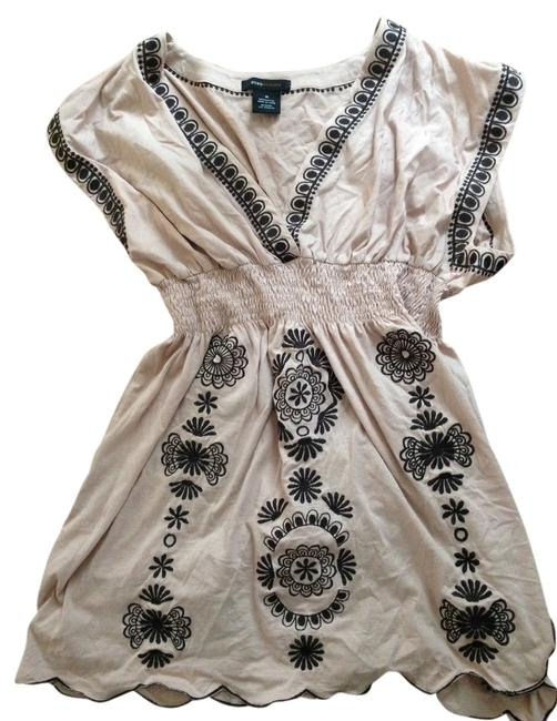 Item - Pinkish-beige with Brown Embroidery Summer Tunic Size 8 (M)