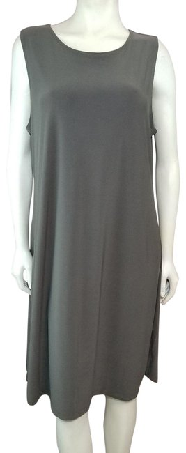 Item - Green Slinky Knit Wrinkle-resistant A-line Mid-length Casual Maxi Dress Size 16 (XL, Plus 0x)