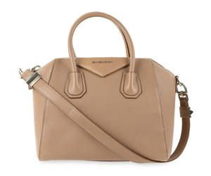 Pink Givenchy Bags - Up to 90% off at Tradesy afc40441e4819