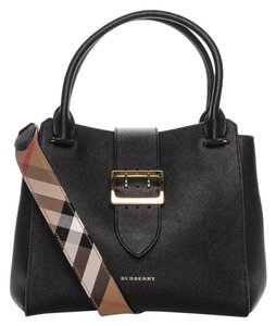 c7fcd16c9631b Burberry Black Bags - Up to 70% off at Tradesy