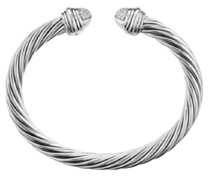 """David Yurman GORGEOUS!! David Yurman Pave Diamond Cable Bracelet Sterling Silver 7mm 0.49 carats Total Weight Size: 7.25"""" 100% Authentic Guaranteed!!! Comes with Original David Yurman Pouch!"""