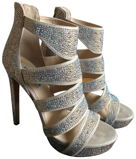 Preload https://img-static.tradesy.com/item/24538876/steve-madden-beige-with-holographic-rhinestones-all-over-including-the-area-back-zipper-show-stopper-0-1-540-540.jpg