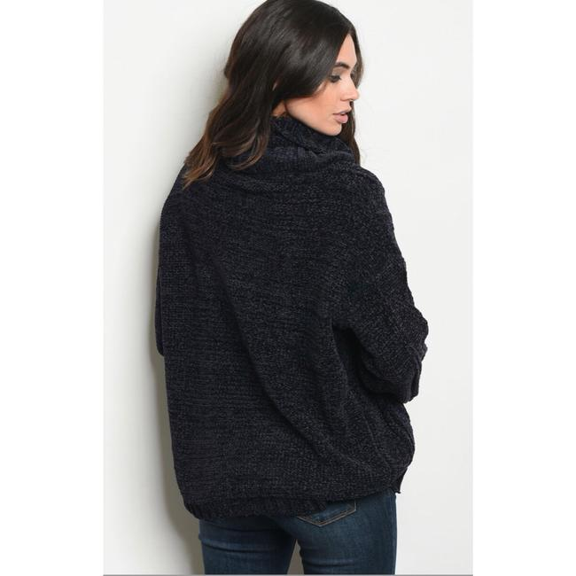 LoveRiche Sweater Image 1