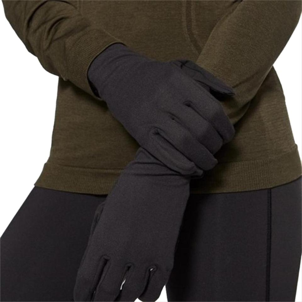 415925302dc Lululemon NWT Lululemon Run It Out Running Gloves With Snaps - Black - M L  ...