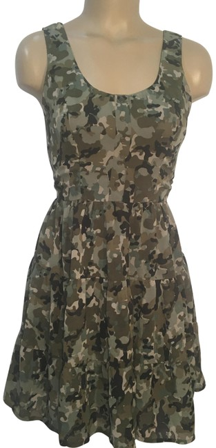 Preload https://img-static.tradesy.com/item/24539572/band-of-gypsies-green-camouflage-short-casual-dress-size-6-s-0-1-650-650.jpg