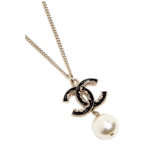 Chanel Chanel Gold Black CC Pearl Necklace Image 2