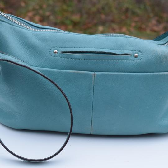 B. Makowsky Cross Body Bag Image 9