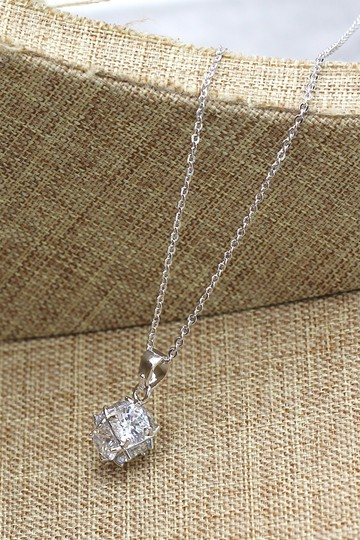 Ocean Fashion Silver mini crystal ball necklace Image 4