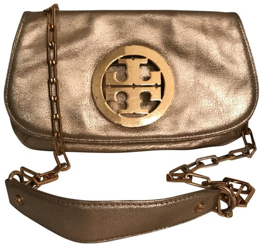 Preload https://img-static.tradesy.com/item/24540162/tory-burch-logo-distressed-crackle-convertible-gold-leather-cross-body-bag-0-1-540-540.jpg