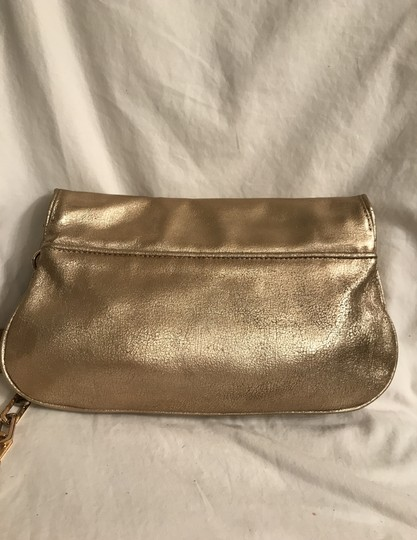 Tory Burch Purse Handbag Clutch Distressed Metallic Cross Body Bag Image 3