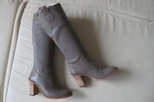 GUCCI Pull On GRAY Boots Image 11