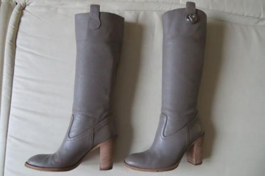 GUCCI Pull On GRAY Boots Image 3