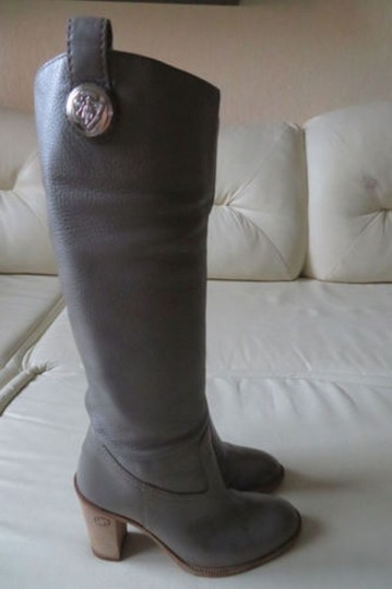 GUCCI Pull On GRAY Boots Image 9