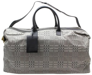 2d42c677858e Burberry London Plaid Duffle Gym Keepall Bandouliere Gray Travel Bag