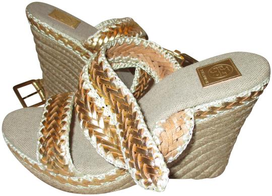 Preload https://img-static.tradesy.com/item/24540429/tory-burch-gold-woven-big-buckle-ankle-strap-w-wedges-size-eu-38-approx-us-8-regular-m-b-0-1-540-540.jpg