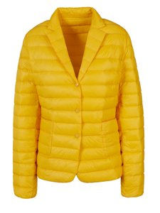 Moncler Outerwear Up to 70% off a Tradesy