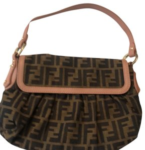 fc0729ea77ac Fendi Vintage Bags - Up to 70% off at Tradesy (Page 10)