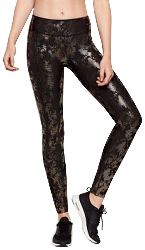 bda37ad4ee04a Victoria's Secret Black Camo Shine Sport Total Knockout Tight Medium ...