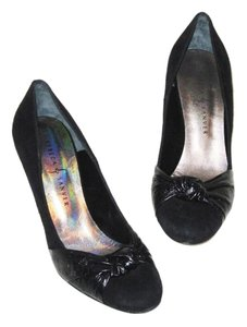 Rebeca Sanver Suede Handmade Spain Heel Black Pumps
