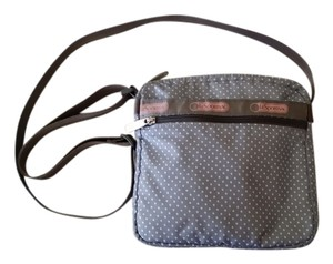 LeSportsac Casaul Massenger Cross Body Bag