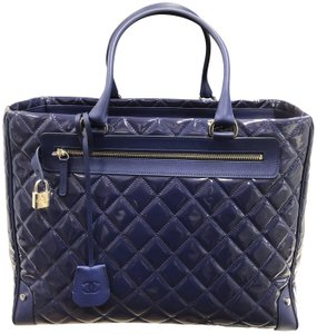 74dfdeeb72a1 Chanel Patent Leather Leather Italian Quilted Logo Royal Blue Travel Bag