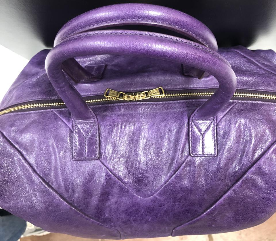 71906ace3225 Saint Laurent Patent Leather Leather Logo Italian Gold Hardware Tote in  Purple. 12345678910