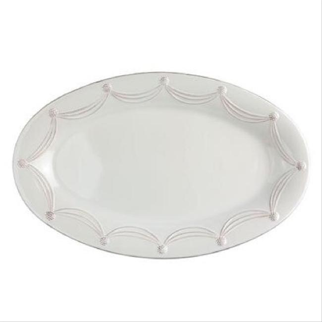 Item - White Berry & Thread Grande Oval Platter Casual China