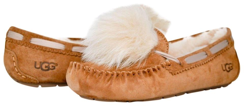 c956cf11513 UGG Australia Chestnut Women's Dakota Pom Pom Moccasin Slippers 1019015  Boots/Booties Size US 10 Regular (M, B)