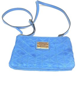 78b65f4a1 Nicole Miller Bags - 70% - 90% off at Tradesy