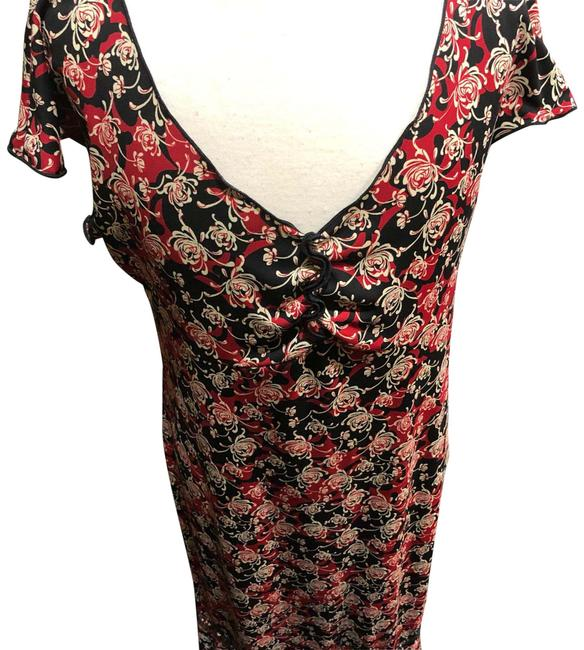 Item - Black and Red Floral Print Mid-length Night Out Dress Size 0 (XS)