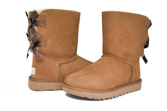 Preload https://img-static.tradesy.com/item/24546449/ugg-australia-chestnut-women-s-bailey-bow-2-ii-1016225-bootsbooties-size-us-6-regular-m-b-0-0-540-540.jpg