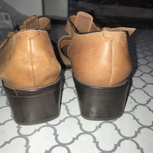 Cole Haan Leather Showroom Sample Brown Sandals