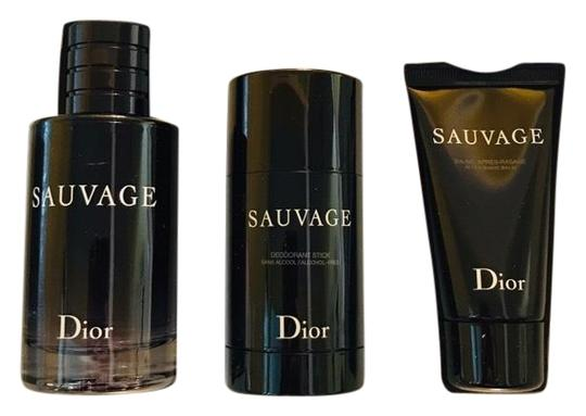 Preload https://img-static.tradesy.com/item/24546764/dior-sauvage-gift-set-34-oz-eau-de-toilette-deodorant-aftershave-fragrance-0-1-540-540.jpg