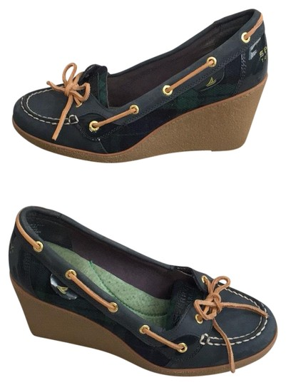 Preload https://img-static.tradesy.com/item/24546903/sperry-green-navy-and-tan-top-sider-wedges-size-us-85-regular-m-b-0-1-540-540.jpg