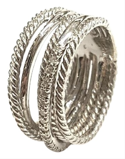 Preload https://img-static.tradesy.com/item/24546994/david-yurman-crossover-wide-cable-pave-diamond-sterling-silver-018-carat-total-weight-pave-diamonds-0-1-540-540.jpg