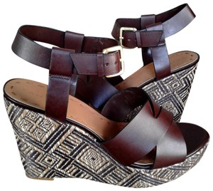 Tahari dark brown color leather Wedges