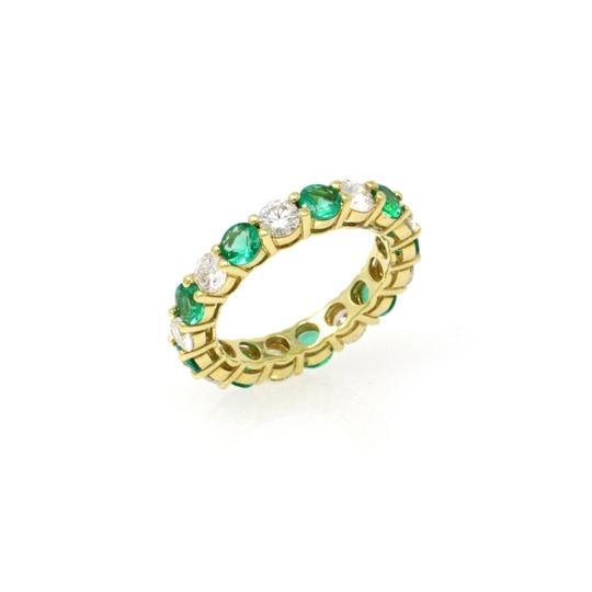 Gavriel's Jewelry Emerald and Diamond Eternity Ring 18KY Gold Shared Prong (2.89 ct) Image 2