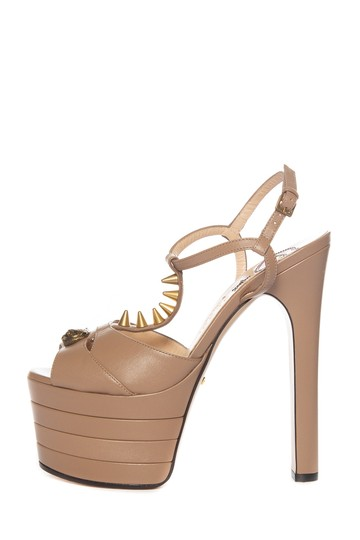 Preload https://img-static.tradesy.com/item/24547338/gucci-taupe-leather-sandals-platforms-size-eu-365-approx-us-65-regular-m-b-0-0-540-540.jpg