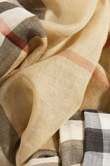 Burberry Burberry's signature check wool and silk scarf Image 3