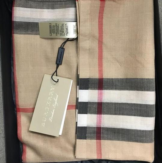 Burberry Burberry's signature check wool and silk scarf Image 5