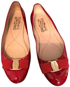 0645fac6fc1b5 Women s Red Salvatore Ferragamo Shoes - Up to 90% off at Tradesy