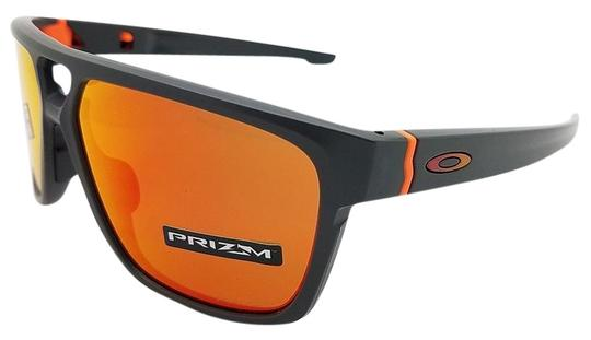Preload https://img-static.tradesy.com/item/24548529/oakley-matte-carbon-and-prizm-ruby-lens-unisex-sunglasses-0-6-540-540.jpg