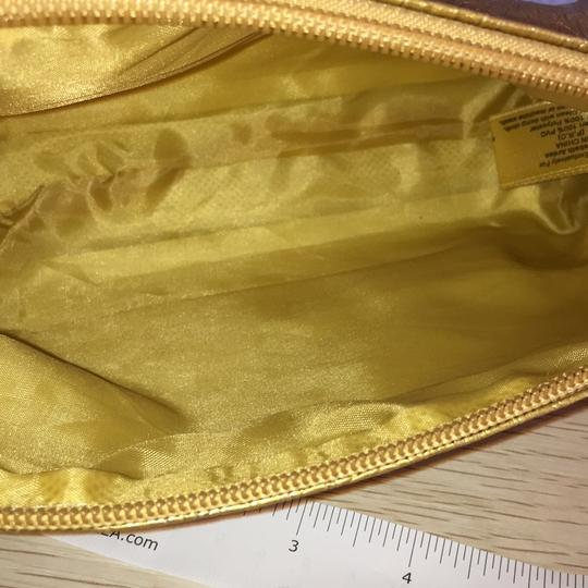 Elizabeth Arden Gold cosmetic bag Image 5