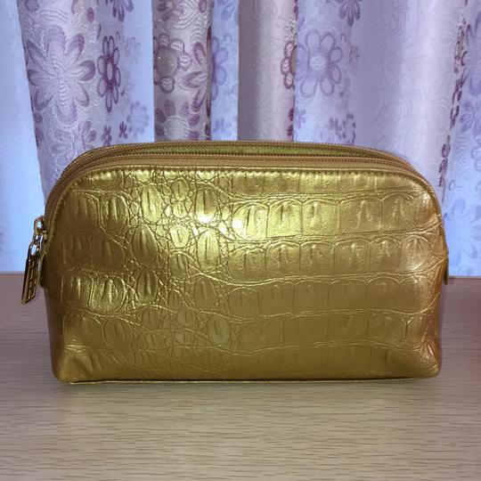 Elizabeth Arden Gold cosmetic bag Image 6