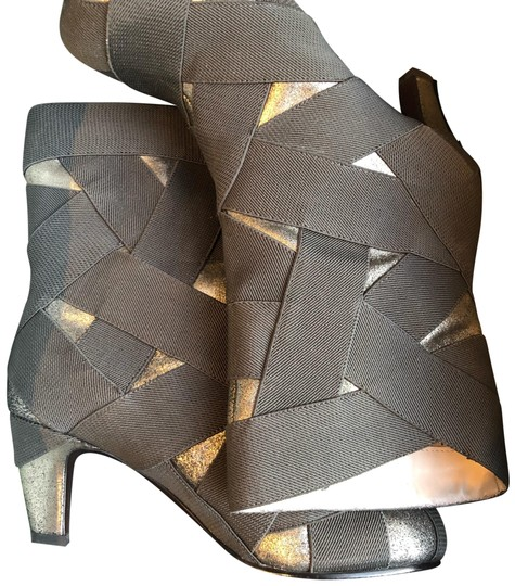 Preload https://img-static.tradesy.com/item/24548602/united-nude-grey-helix-midcalf-bootsbooties-size-eu-39-approx-us-9-regular-m-b-0-1-540-540.jpg
