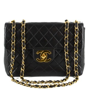 Chanel Quilted Lambskin Leather Classic Gold Hardware Shoulder Bag