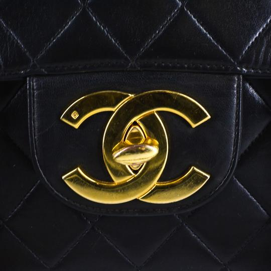Chanel Quilted Lambskin Leather Classic Gold Hardware Shoulder Bag Image 6