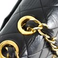 Chanel Quilted Lambskin Leather Classic Gold Hardware Shoulder Bag Image 8