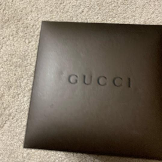 Gucci 9240 series watch Image 3