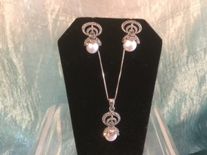 Silver With Pearl+marcsite. Jewelry Set